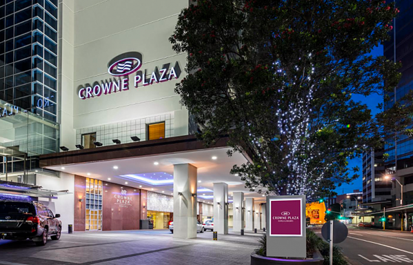 crowne-plaza-auckland